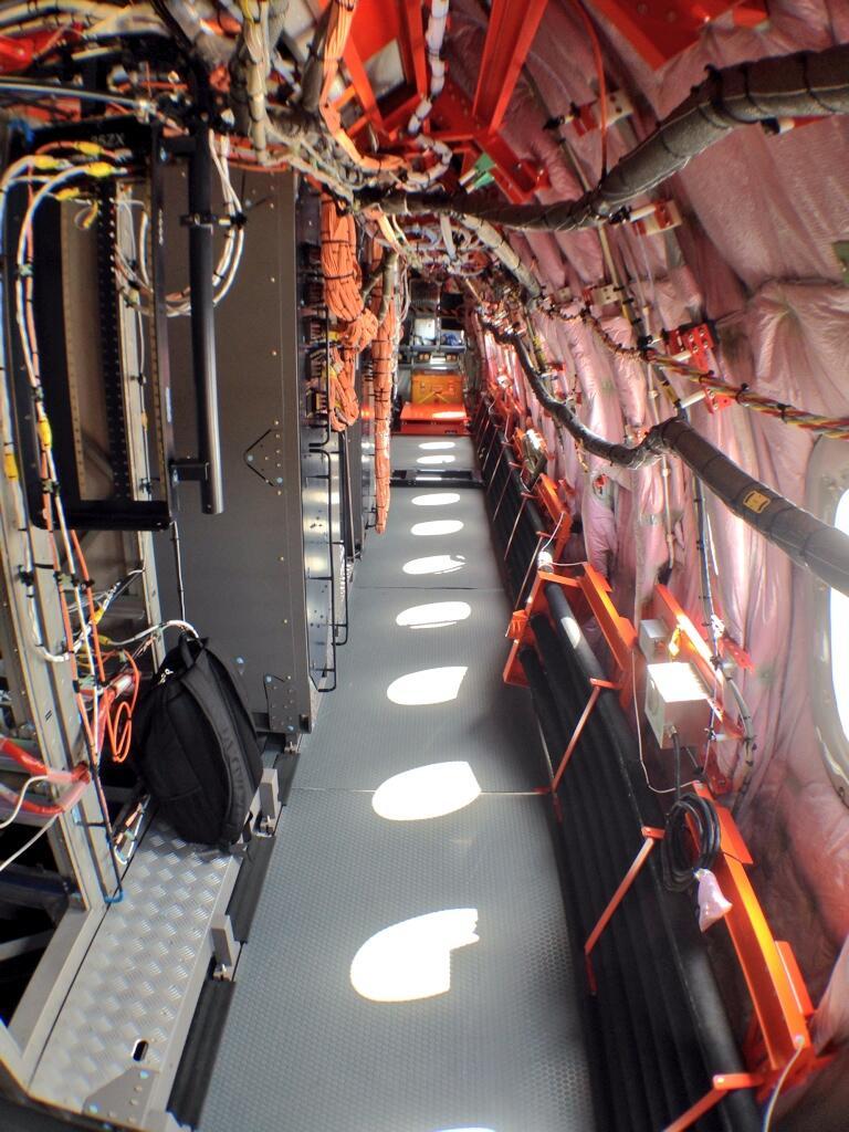 Semua perangkat berwarna orange adalah perangkat sensor dan kelengkapan test